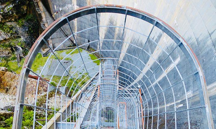 abseil-stairway-robinesrock