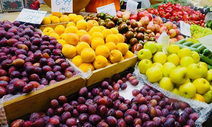 market-fruit-robin-esrock