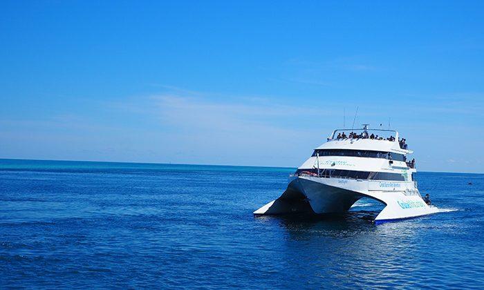 reefsleep-catmaran--robin-esrock