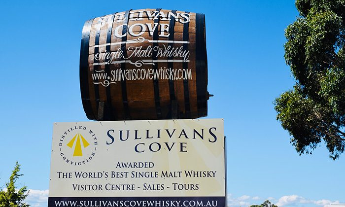 sullivans-outside-robinesrock