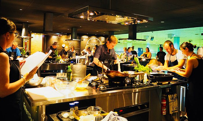 fish-kitchen-class---Ana-Esrock